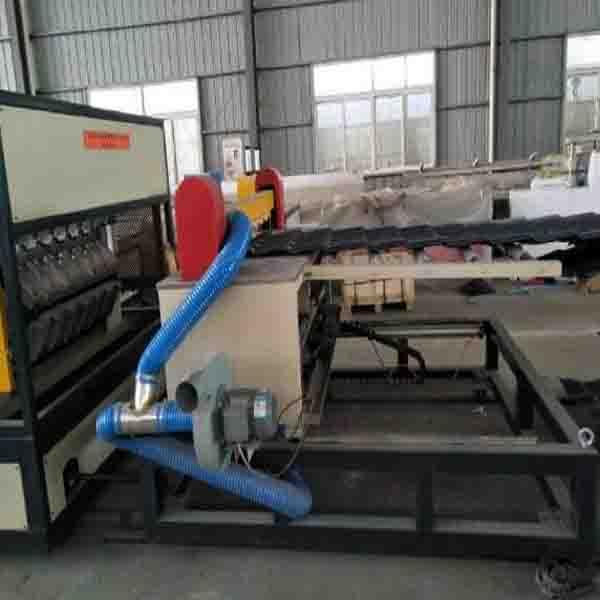 PVC合成树脂瓦设备 合成树脂瓦生产线 波浪瓦生产线首选青岛嘉亿特木塑科技