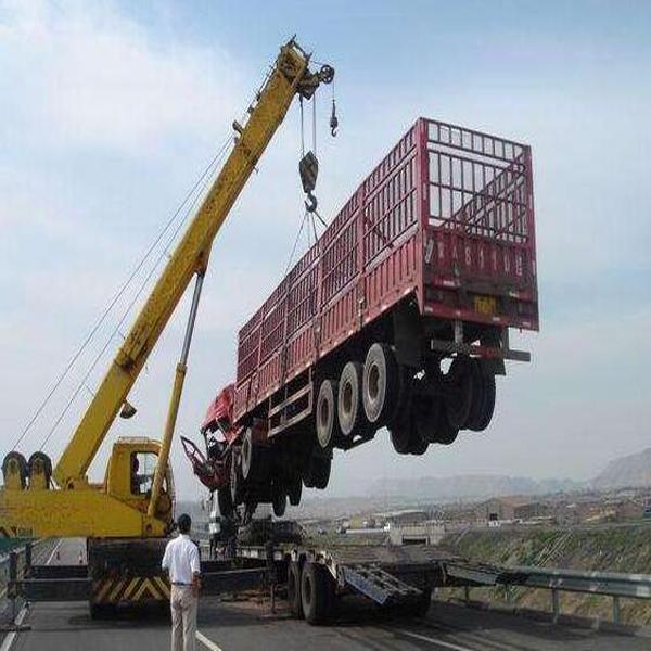 河南平顶山吊车厂家10吨汽车吊车